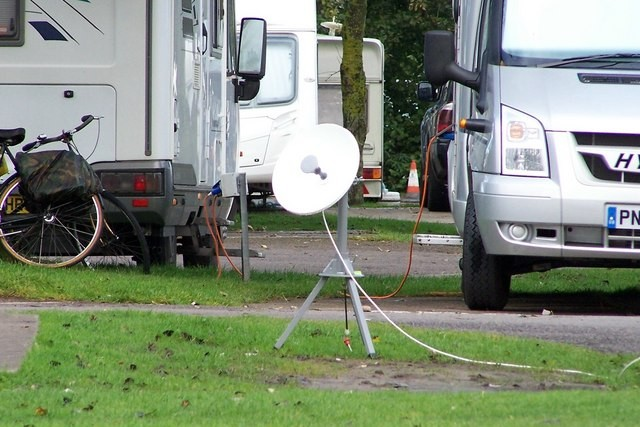 antenna tv satellitare portatile per camper