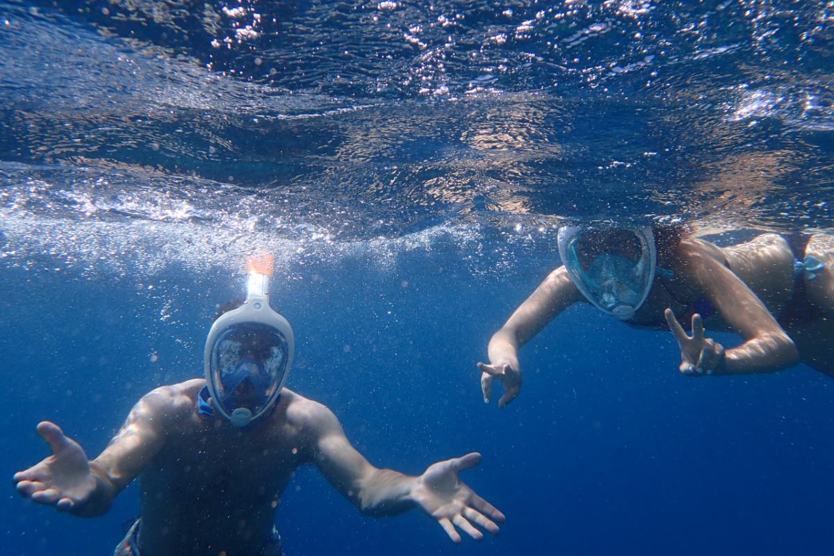 maschere facciali per respirare sott'acqua snorkeling