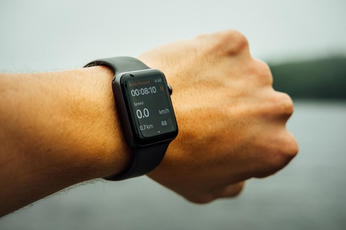 orologio cardiofrequenzimetro da polso
